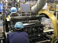 エンジン組み立て工場